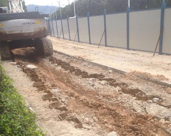 黄石污水管网改造拉森钢板桩施工