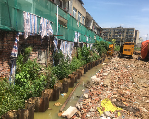 武汉蔡甸永固湖污水处理工程静压钢板桩